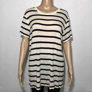 Forever 21 Stretchy Striped Tee Size XL
